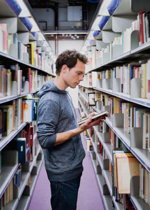 etudiant-bibliotheque
